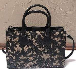 GUCCI Arabesque Top Handle Bag Black